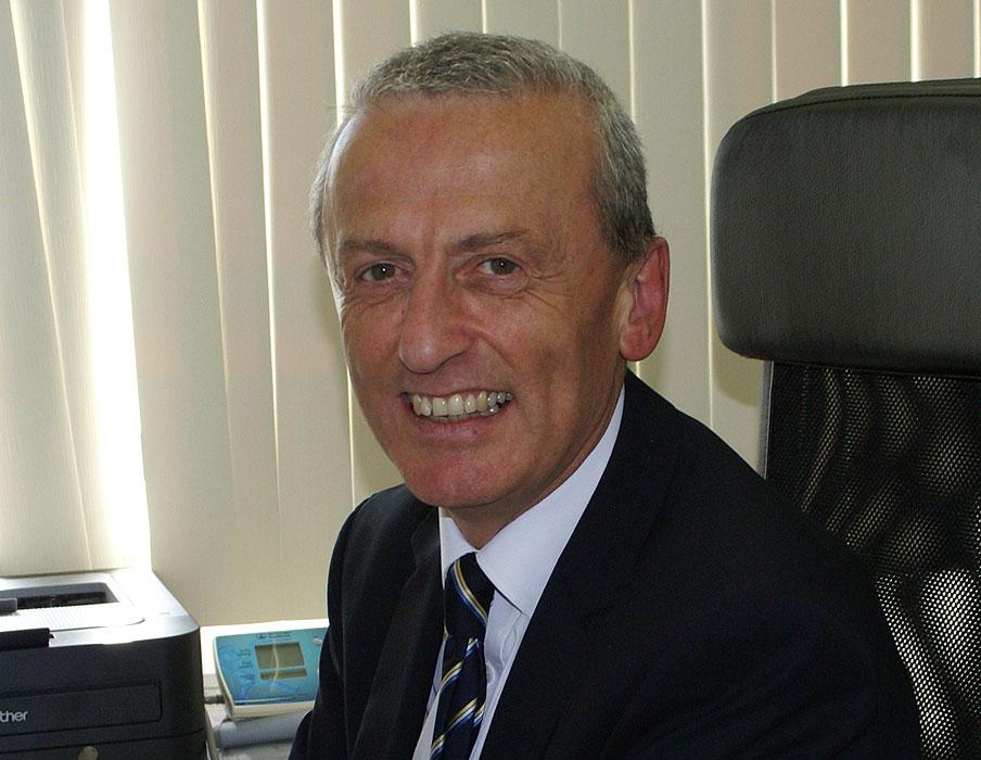 Dr Ian O'Connor